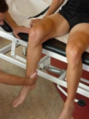 The patient tightens muscle groups in isometric mu