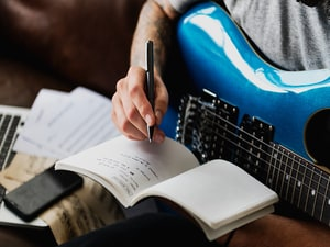 Songwriting May Hit the Right Therapeutic Note in PTSD